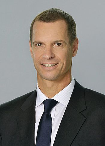 Dr. Andreas Widl