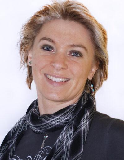 Miriam Kaina